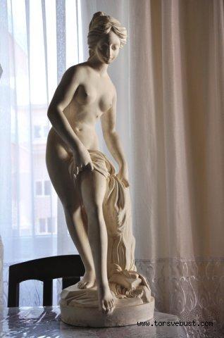 AFRODİT HEYKELİ -Knidos Afroditi (Çıplak Afrodit )